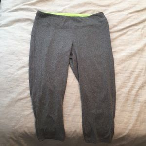 Pants - Gray leggings capri length. Size M